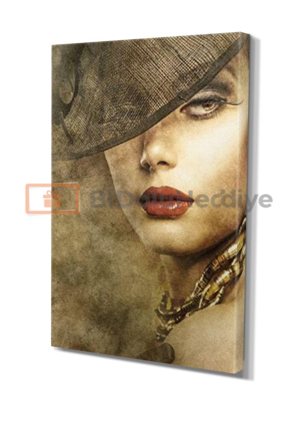 Beautiful Woman In Hat And Makeup, Şapkalı Güzel Kadın Ve Makyaj